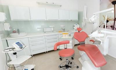 Gabinet stomatologiczny PEŁNY UŚMIECH